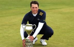 Sweden's Oskar Bergqvist wins the 2014 Boys Amateur Championship